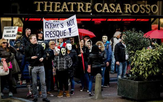 Foto van Sekswerkers protesteren tegen sluiting ramen in Amsterdam