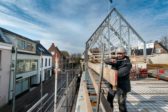 Tijdens de bouw van de Albert Heijn in Huissen werden archeologische vondsten gedaan. De verwachting is dat dat bij de bouw op het terrein van de Aloysiusschool even verderop net zo zal zijn.