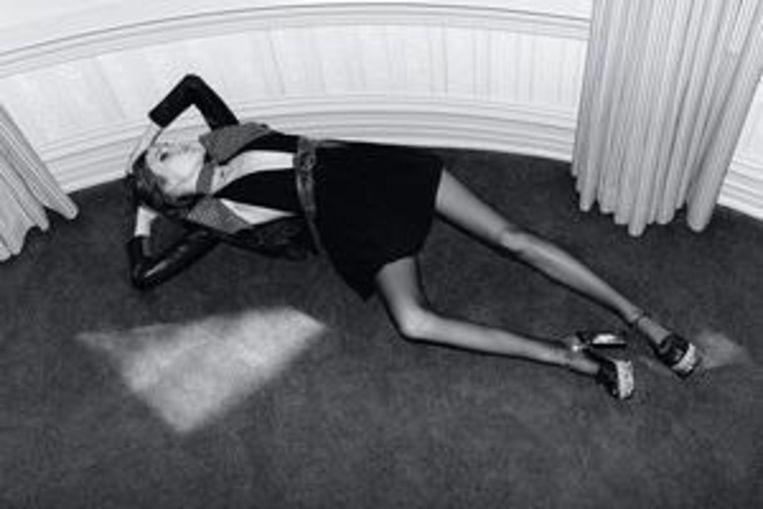 Een verboden advertentie van het modemerk Yves Saint Laurent met het Nederlandse model Kiki Willems Beeld Yves Saint Laurent
