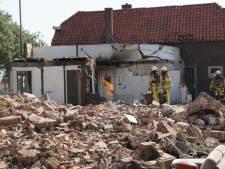 Slopers schrikken zich rot: pand in Genemuiden is nog aangesloten op gas en vat vlam