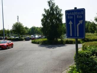 """Lantis bouwt Park & Ride Melsele uit tot multimodaal knooppunt: """"Verdubbeling aantal parkeerplaatsen, deelfietsen en laadstations"""""""