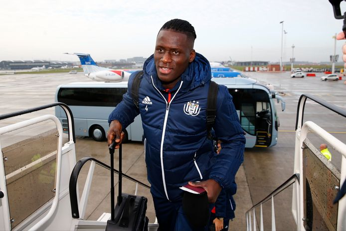 GLASGOW,SCOTLAND - DECEMBER 04 :  Kara Serigne Modou Mbodji defender of RSC Anderlecht during the departure the day before the Champions League Group B  match between Celtic FC and Rsc Anderlecht on December 04, 2017 in Zaventem, Belgium, 4/12/2017 ( Photo by  / Photonews