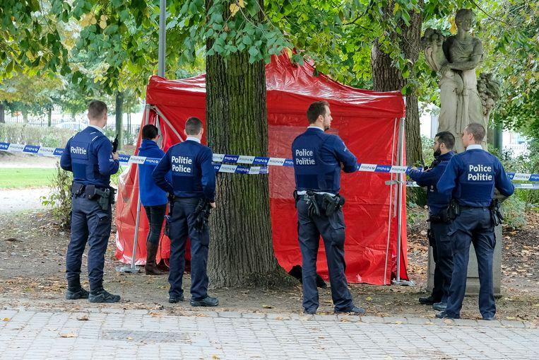 Levenloos lichaam gevonden in Waradepark.
