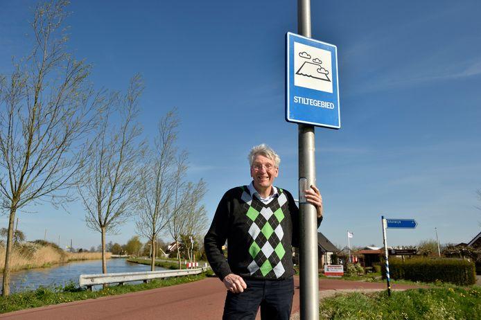Tony Hardenberg in  het lawaaiigste stiltegebied van Nederland.