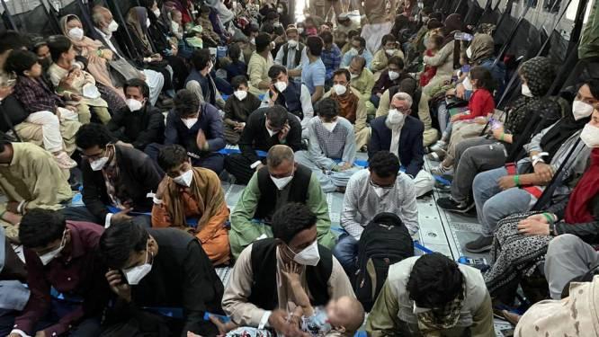 """Groot-Brittannië zal """"elk uur"""" dat rest gebruiken voor evacuaties uit Afghanistan"""