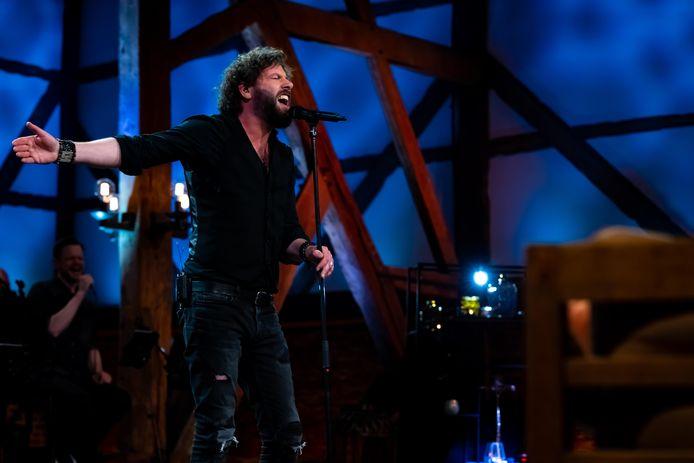 Hendrik Jan Bökkers tijdens een van de uitzendingen van Beste Zangers