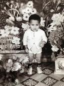 Jeugdfoto van longarts Sunil Ramlal. Voor het eerst in veertig jaar is hij weer terug in zijn geboorteland Suriname.