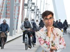 Rotterdam moet de eerste stad ter wereld worden met kilometers aan poëzie op de fietspaden