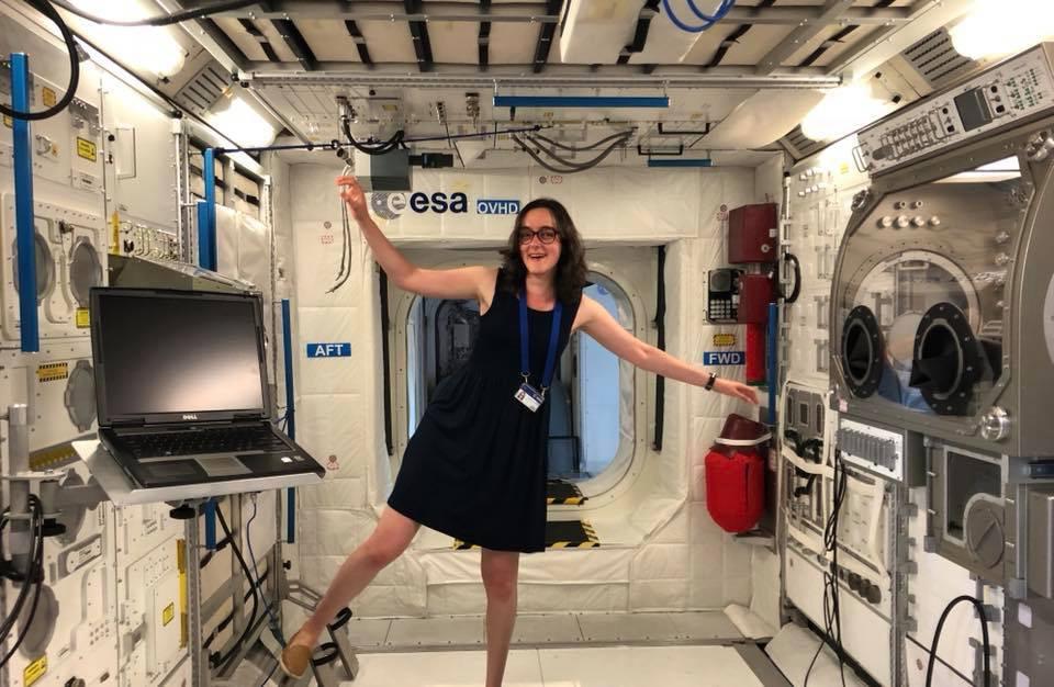 Doctoraatsstudent Emilie Beevers heeft eerder al bij ESA gewerkt en solliciteerde nu voor de vacature van astronaut.
