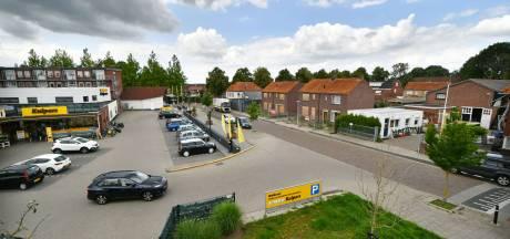 Buurt om tafel met Björn Kuipers over beoogd parkeerterrein aan Glindestraat in Oldenzaal