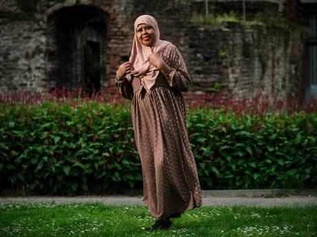 Sahra maakt zich sterk voor slachtoffers: 'Mijn vader en oma waren tegen mijn besnijdenis'