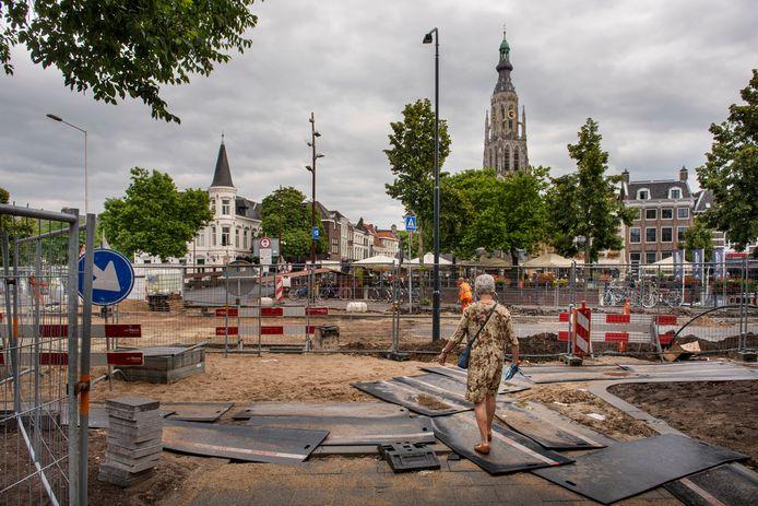 De Nieuwe Prinsenkade ligt momenteel open, hier gezien vanaf de Adriaan van Bergenstraat.
