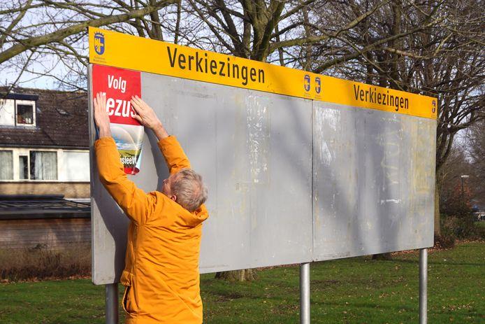 Verkiezingsbord, nog zonder de 37 partijen.