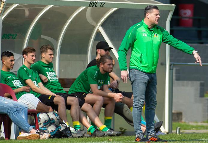 Trainer Luuk Maes langs de kant bij BVC'12, eerder dit seizoen.
