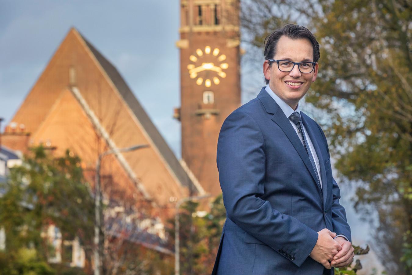 Pieter Grinwis op de Laan van Meerdervoort. Op de achtergrond de Bethlehemkerk.