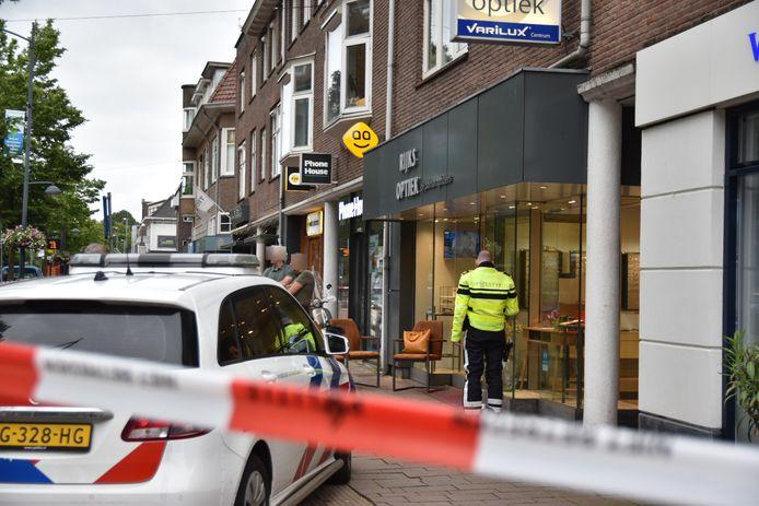De overval op opticien Rijks Optiek aan de Utrechtseweg in Oosterbeek
