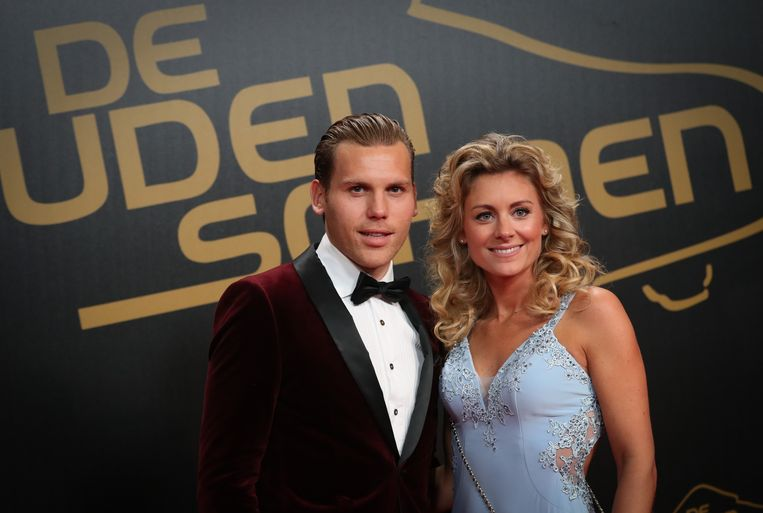 Ruud Vormer en zijn vrouw Roos America op de rode loper in Brussel. Beeld BELGA