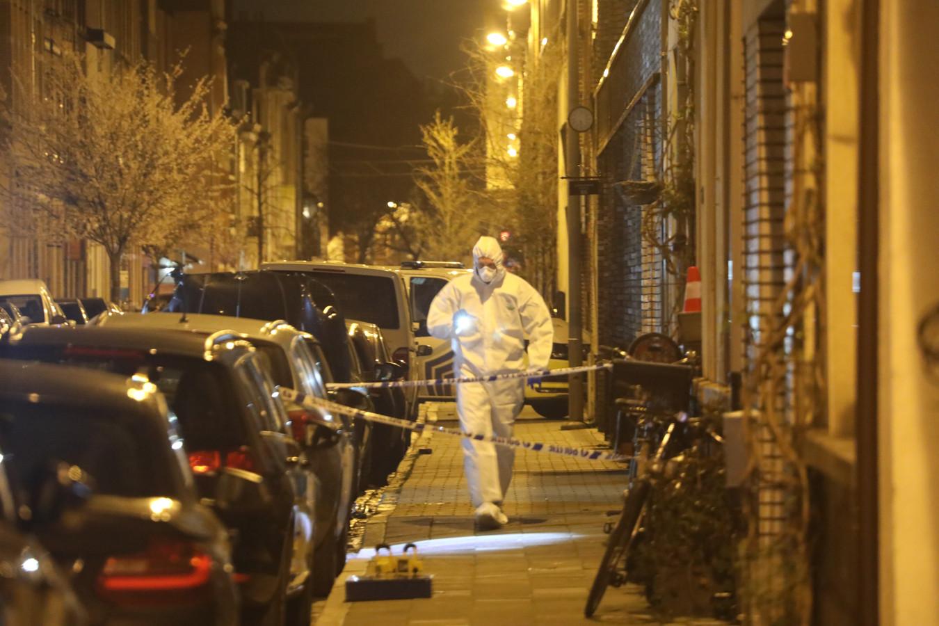 Het labo doet onderzoek in de getroffen Biekorfstraat.