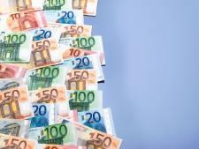 Veenendaler (19) lichtte acht ouderen voor duizenden euro's op: OM eist drie jaar cel