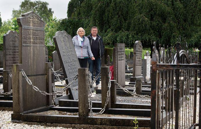 Het oude kerkhof in Lienden.
