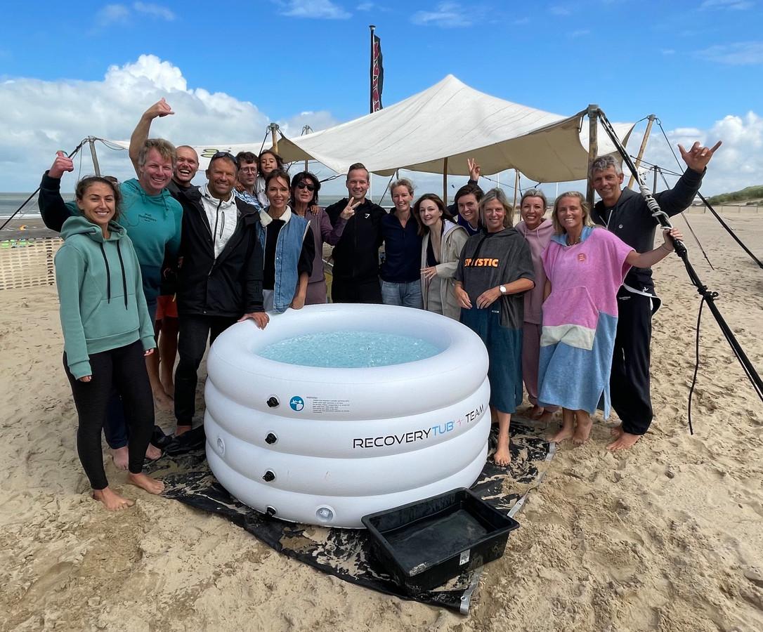 Vijftien deelnemers waagden zich aan de eerste Wim Hof-experience in Knokke-Heist.