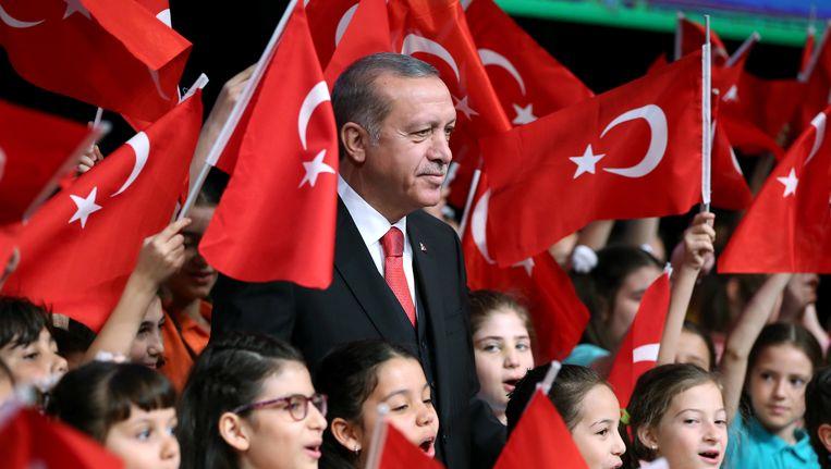Uit peilingen blijkt dat een deel van de Turkse bevolking, onder wie aanhangers van de AK-partij, tegen de doodstraf is. President Erdogan is voorstander.