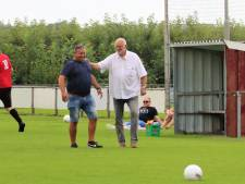 Dussense Boys verlengt contract van hoofdtrainer Vos