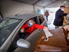Drive-in stembureau Kaatheuvel: weinig stemmers, wel voor herhaling vatbaar