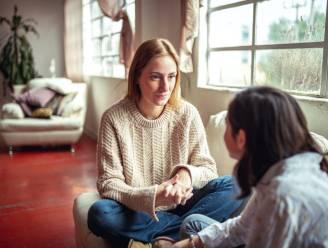 """Eerste hulp bij seksuele voorlichting: """"Ga niet met je kind zitten voor een gesprek"""""""