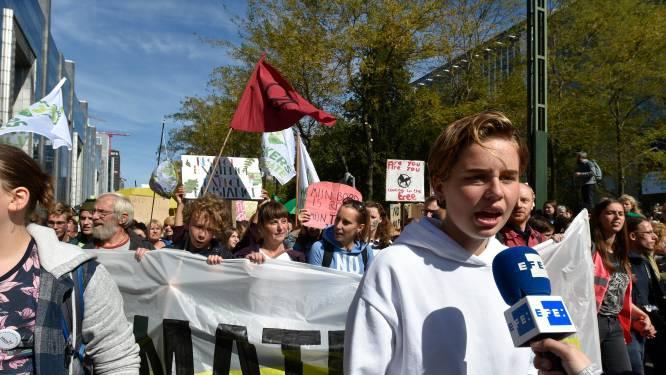 """15.000 mensen op klimaatmars Brussel: """"Dit is gewoon seizoen twee van Youth for Climate"""""""