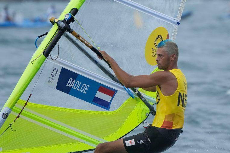 Kiran Badloe overheerste het windsurfen (RS:X); het olympisch goud kan hem niet meer ontgaan.  Beeld AP