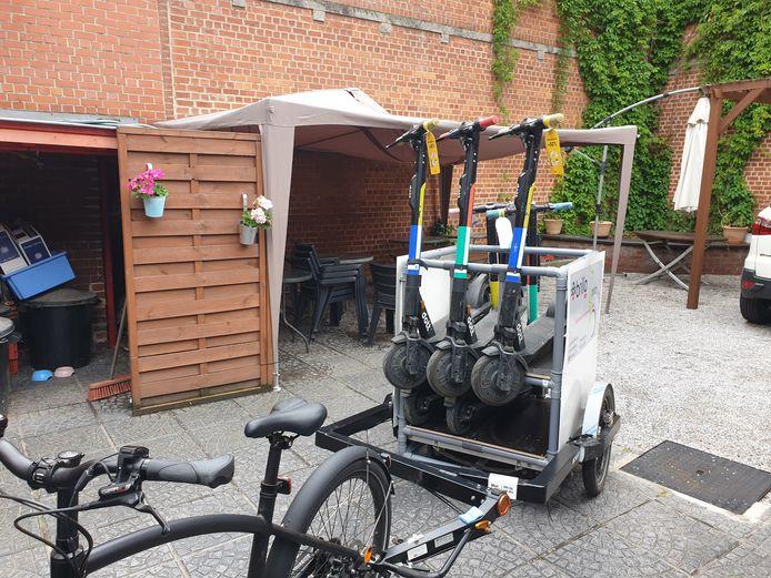 En plus de circuler au centre de Charleroi, les trottinettes partagées peuvent désormais voyager sur une partie de Marcinelle