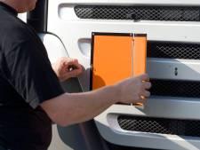 Hoeveel vrachtwagens met gevaarlijke stoffen rijden er langs Gorinchem? Rijkswaterstaat zoekt het uit