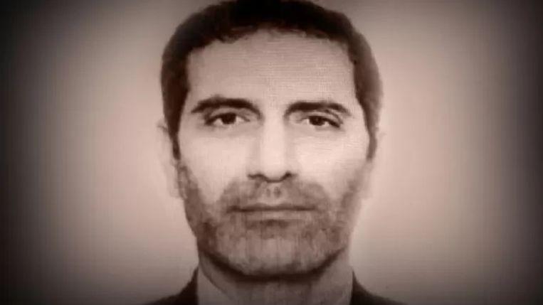 Assadollah Assadi overhandigde op 28 juni 2018 in Luxemburg-stad een bompakket aan Nasimeh Naami en haar partner Amir Saadouni. Beeld DR
