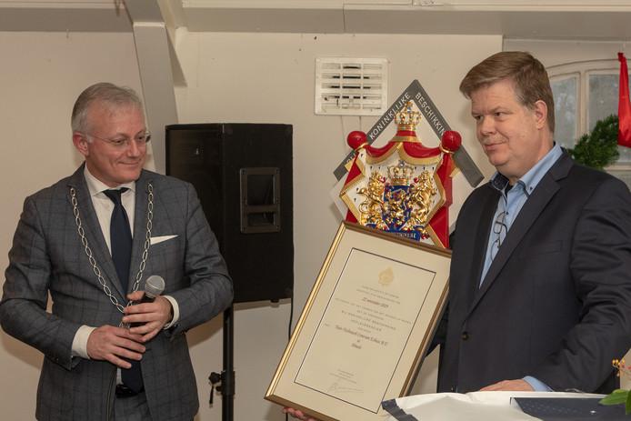 Burgemeester Arjen Gerritsen en (rechts) Jacco Wisman