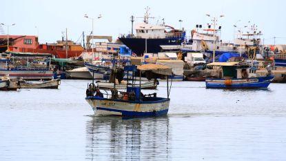 16 vluchtelingen die vastzaten op schip voor Tunesische kust keren huiswaarts