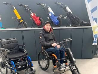 """Jimmy helpt rolstoelgebruikers op weg in nieuwe winkel: """"Ik weet wat vrijheid voor mensen met een beperking betekent"""""""