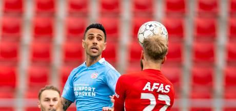AZ voert de druk op PSV op en geeft de ploeg van Roger Schmidt maar één keuze