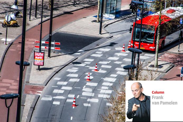 De proef met witte stippen op de cityring in Tilburg in april vorig jaar.