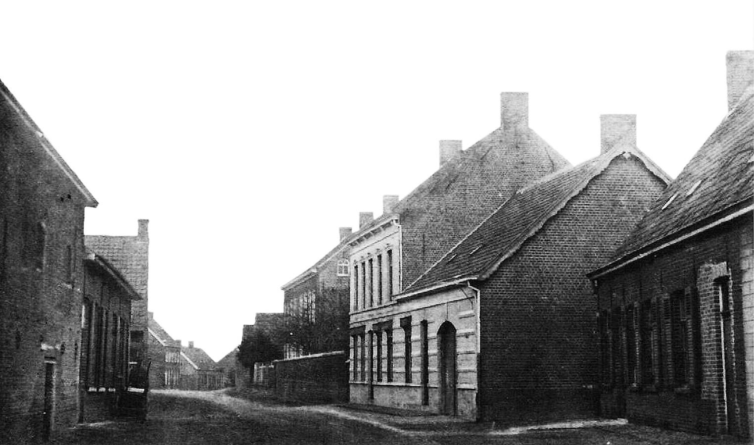 De Hogestraat in Kachtem anno 1916.