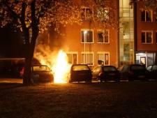 Opnieuw autobranden in Deventer, dit keer twee in dezelfde nacht