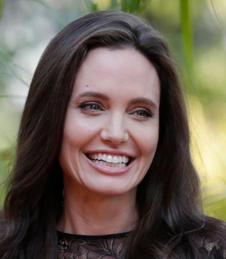 Angelina Jolie knabbelt regelmatig op vogelspinnen