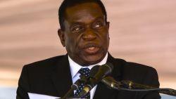 """""""Afgezette vicepresident Mnangagwa is terug in Zimbabwe en wordt vrijdag als president ingezworen"""""""