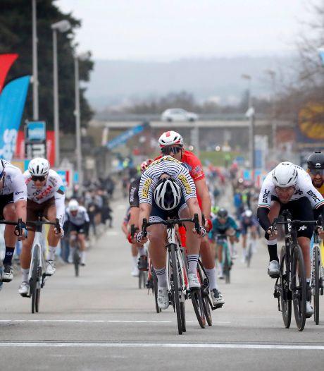 Dupont wint in Ster van Bessèges na door valpartijen ontsierde massasprint