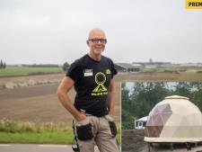De 'droomdome' in Ellemeet  is een beetje voor de camping... en een beetje voor bouwer Erik zelf