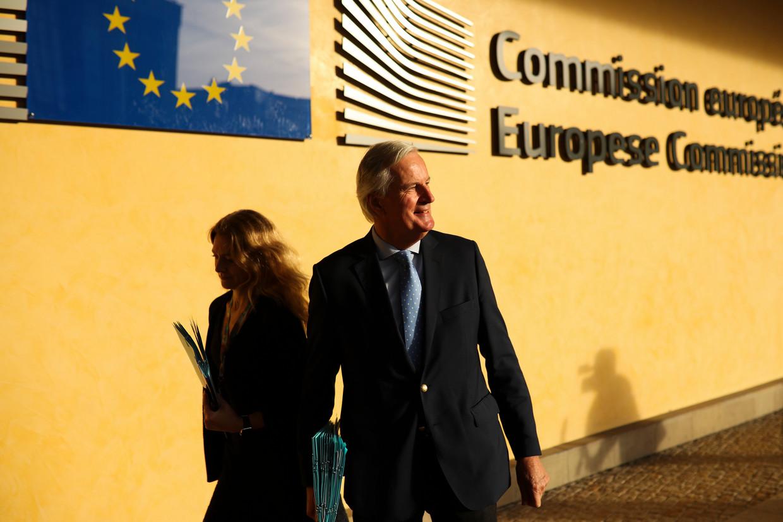 EU-onderhandelaar Michel Barnier op weg naar een vergadering over de Brexit, afgelopen vrijdag.  Beeld AP