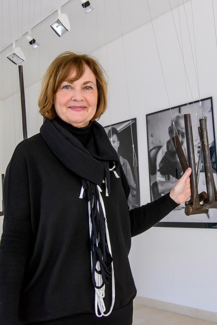 """Renée Pijpers in haar galerie Albus Lux. ,,Kunst is altijd in mijn leven geweest."""""""