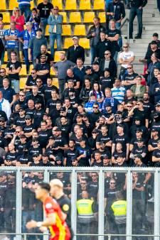 Dit is waarom voetbalfans steeds vaker in zwarte kleding naar het stadion komen