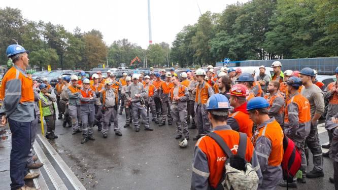 Staalarbeiders ArcelorMittal leggen opnieuw werk neer: coronapremie van 500 euro volstaat niet