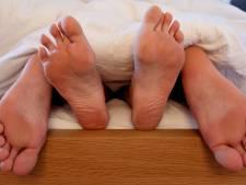 Meerderheid Nederlanders geeft voorspel ruim voldoende, zo kan het nog beter in bed